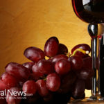 6 Amazing Health Benefits of Resveratrol in Red Wine