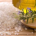 Epsom Salt & Apple Cider Vinegar Foot Bath Recipe That REVERSES Foot Pain, Remove Fungus & Odor